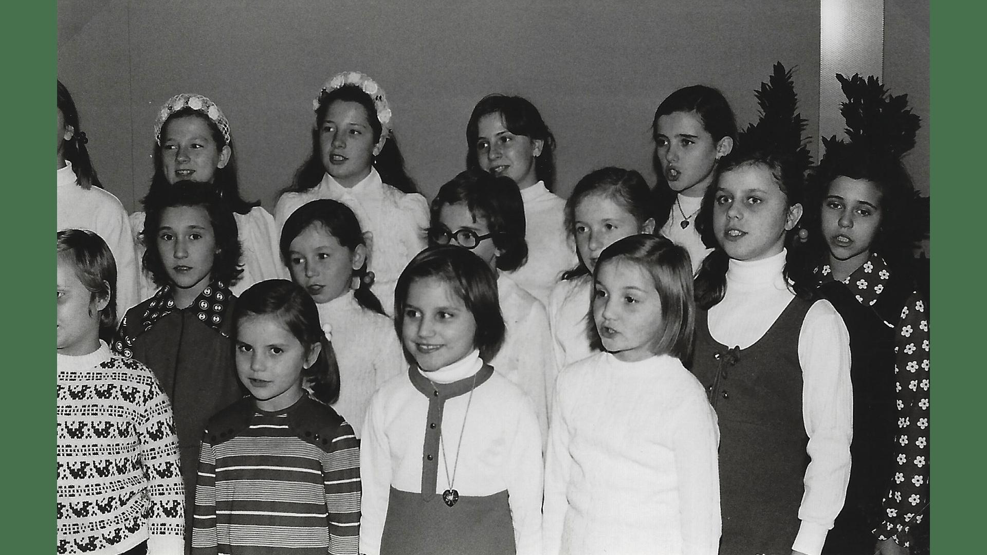 Der Kinderchor 1974   Foto: Archiv Arme Schulschwestern