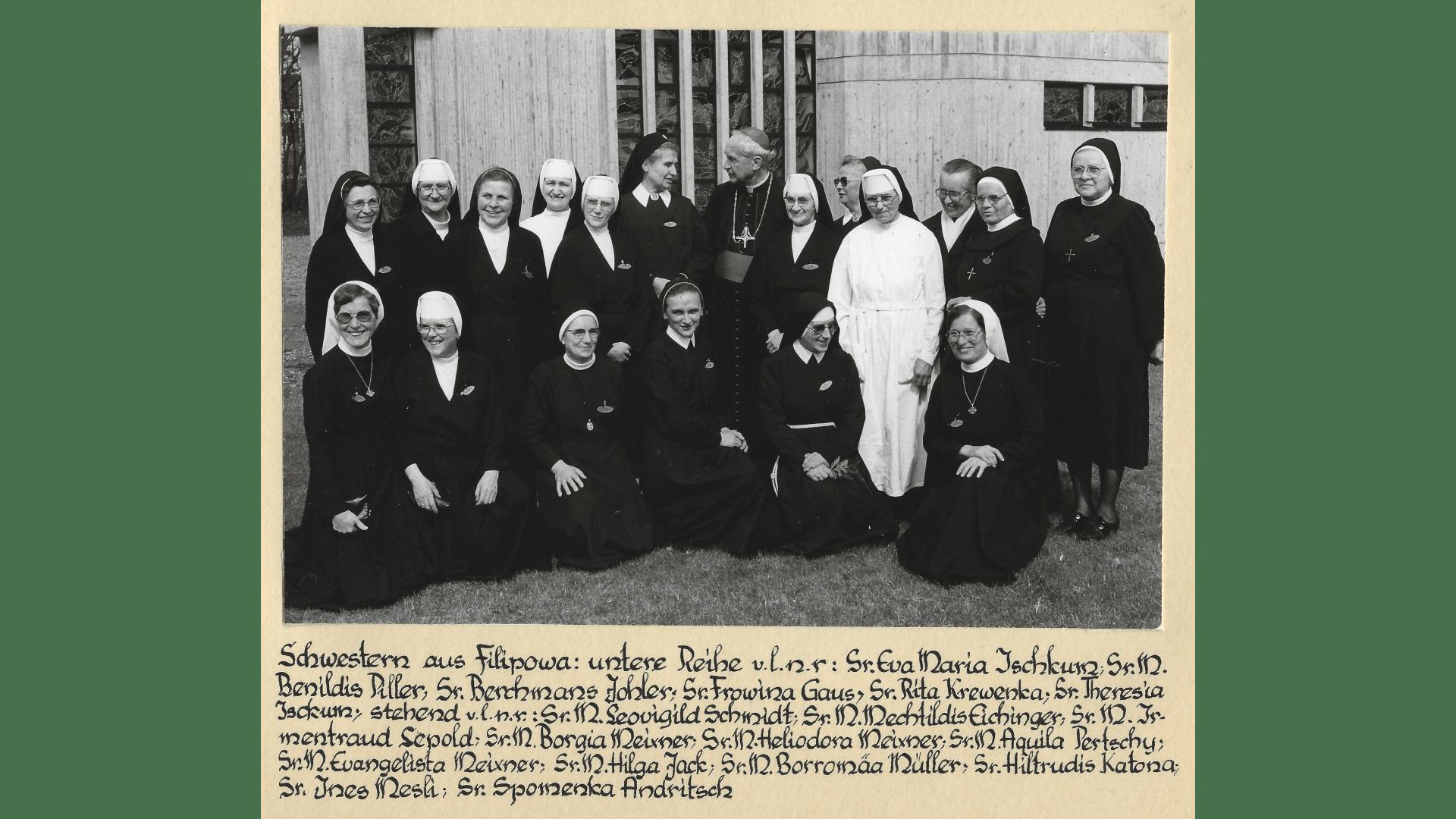 Die Schwestern von Bad Niedernau mit ihren Gastschwestern 1979. Archiv Arme Schulschwestern