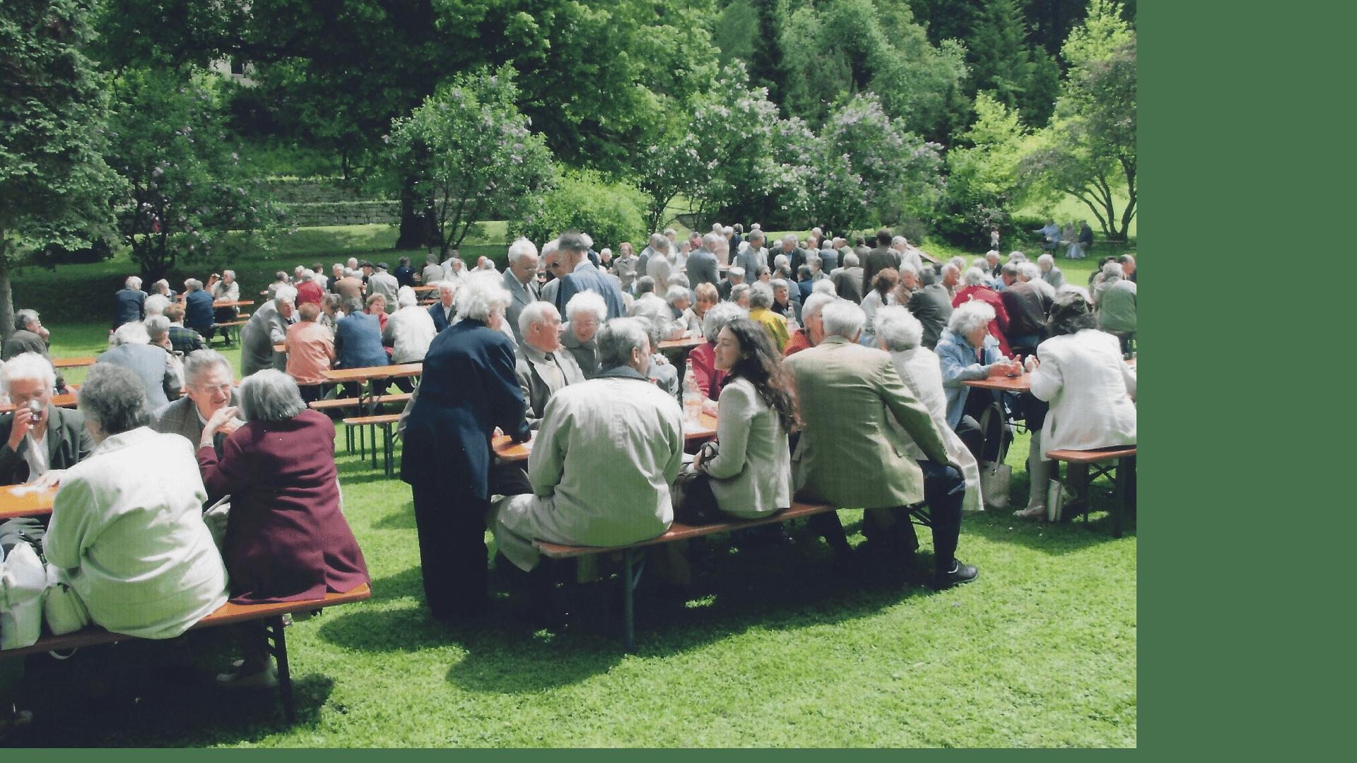 Wallfahrt 2006 - Picknik im Klostergarten. Foto: Archiv Arme Schulschwestern
