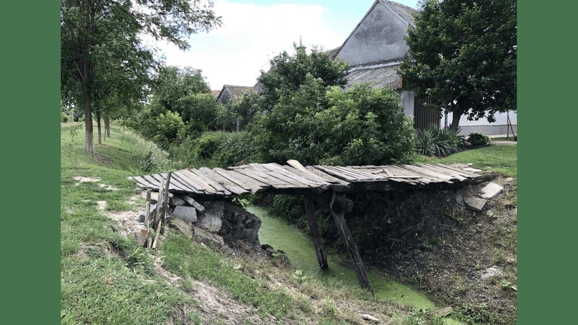 Behelfsbrücke am Ortsrand, Aufahme 2016. Foto: Geotg Rauscher