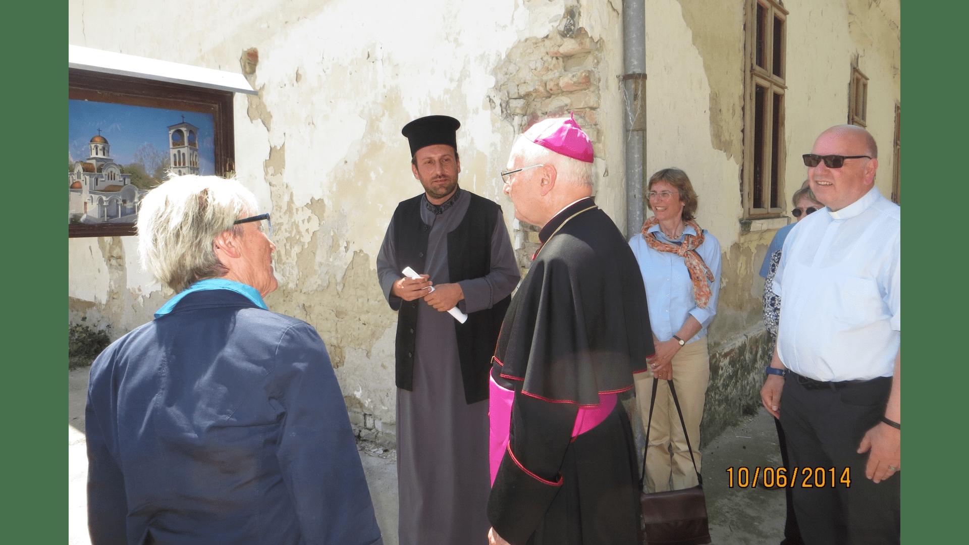 Besichtigung der Baustelle. Hier wird die orthodoxe Kirche errichtet, 2014. Foto: Archiv Freundeskreis Filipowa
