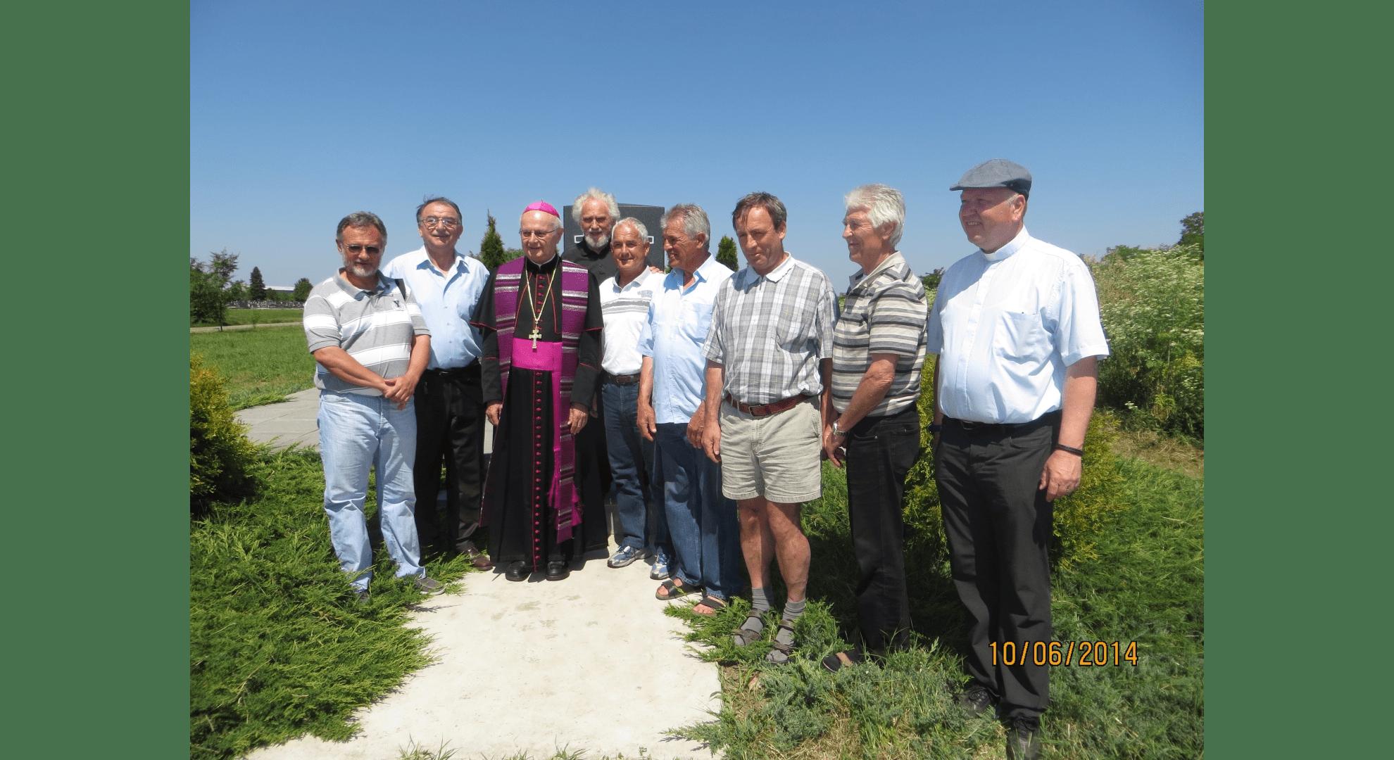 Begegnung an der Gedenkstätte mit serbischen Bürgern 2014. Foto: Archiv Freundeskreis Filipowa