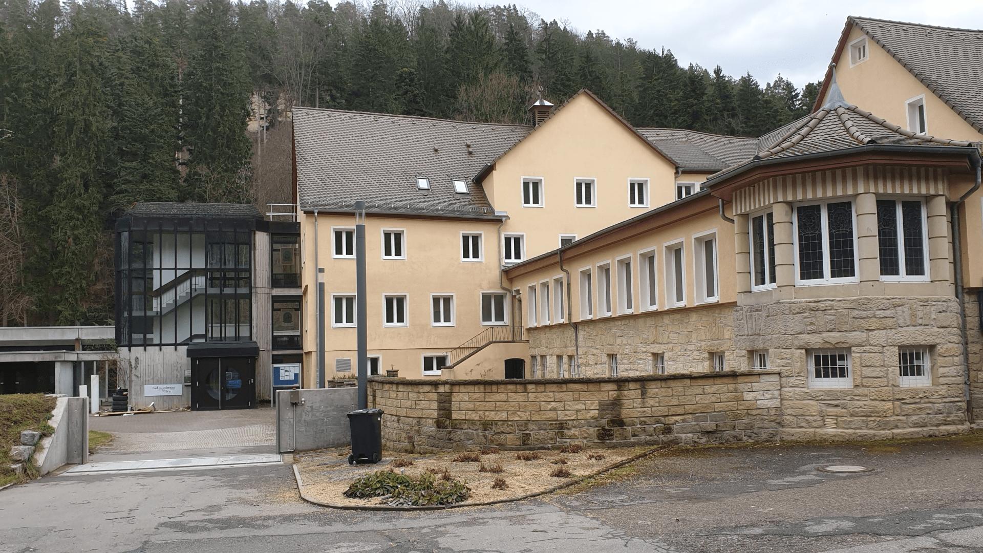 Sanatorum Gesamtansicht von der Kapellenseite – Foto: Archiv Arme Schulschwestern